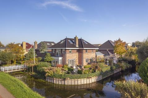 Madeira 7 in Purmerend 1448 PP