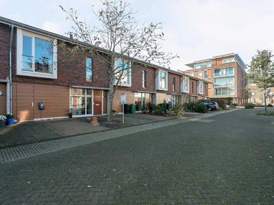 Waterryck 72 in Roelofarendsveen 2371 DG