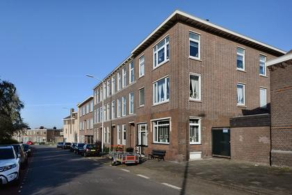 Duinstraat 75 in 'S-Gravenhage 2584 AW