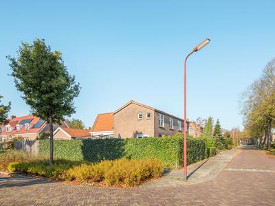 Azaleastraat 1 in Heerenveen 8441 DK