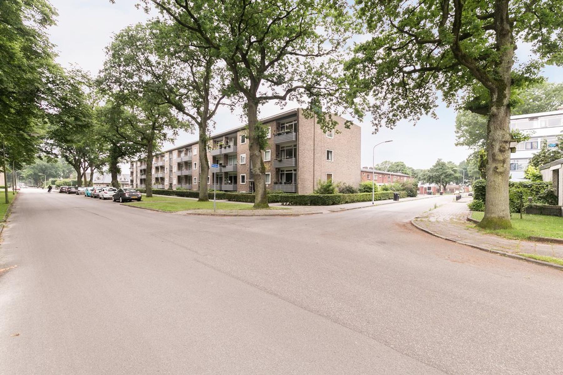 Meerstraat 155 in Emmen 7815 XD