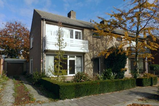 Meidoornstraat 6 in Venhorst 5428 GK