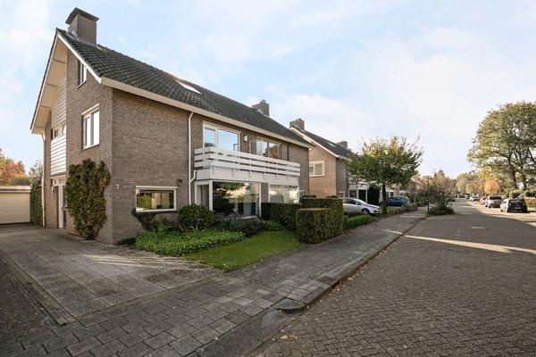 Marinus De Jongstraat 7 in Oosterhout 4904 PK