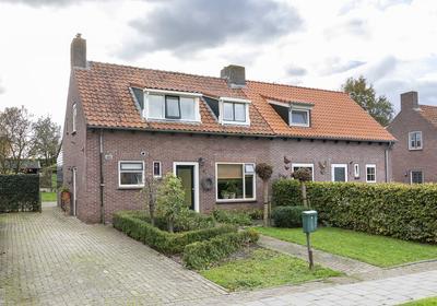 Groeneweg 8 in Noordhoek 4759 BB