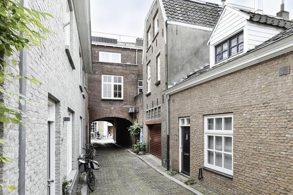 Zusters Van Orthenpoort 4 in 'S-Hertogenbosch 5211 ND