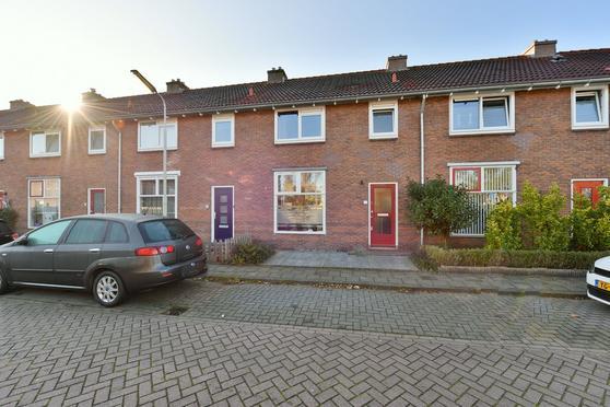 Vioolstraat 15 in Wormerveer 1521 WJ