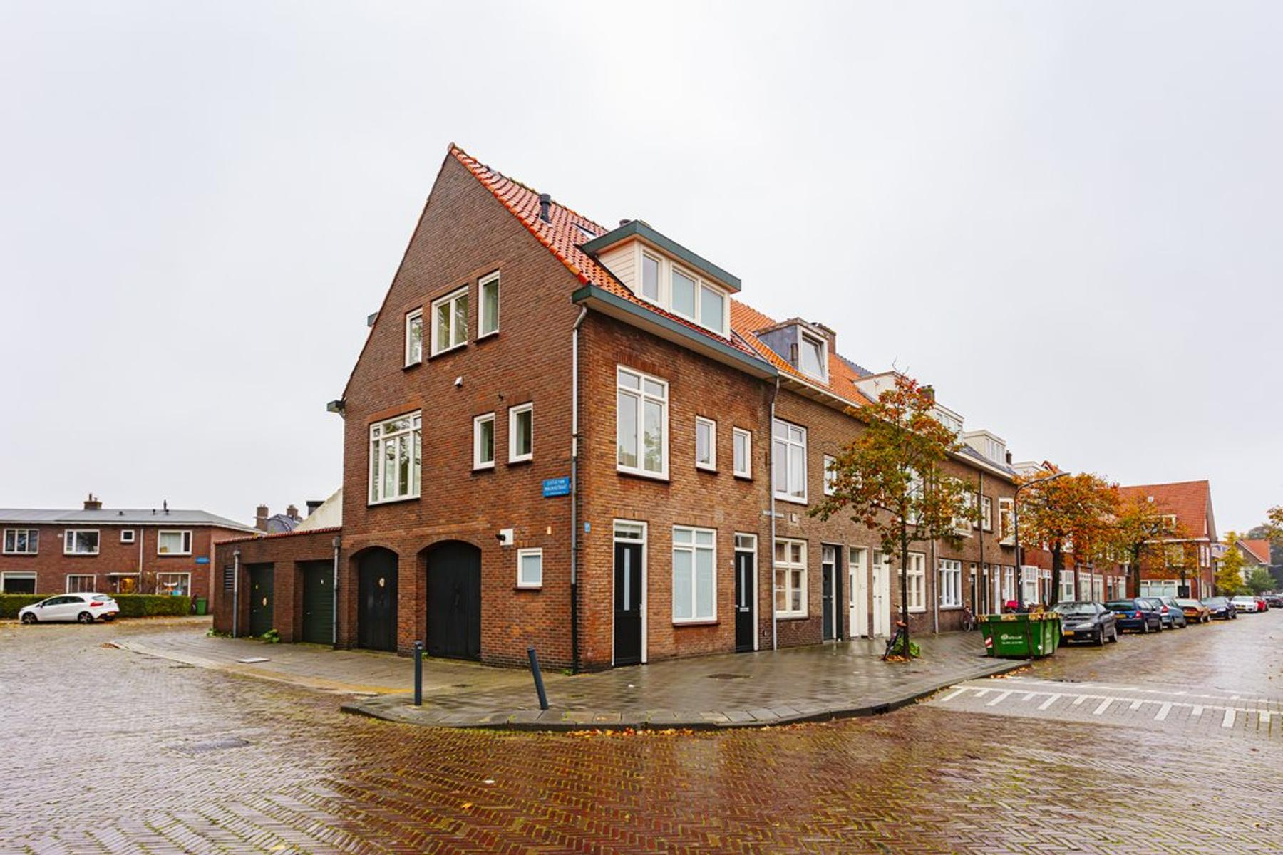 Van Zeggelenstraat 41 in Haarlem 2032 WE