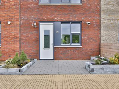 Koningspage 39 in Hoogeveen 7908 XV
