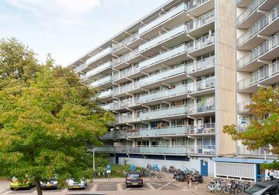 Condorhorst 80 in Leiden 2317 AT