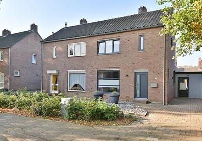 Vauwerstraat 13 in Born 6121 XS