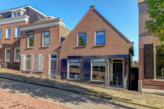 Kerkstraat 9 in Groot-Ammers 2964 BT