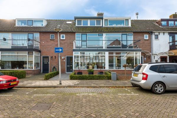Landmanshof 32 in Hendrik-Ido-Ambacht 3342 XG