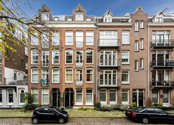 Pieter Langendijkstraat 31 C in Amsterdam 1054 XX