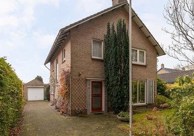 Bareldsburglaan 2 in Oosterwolde 8431 AM