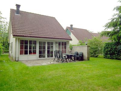 Sanatoriumlaan 6 7 in Hellendoorn 7447 PK