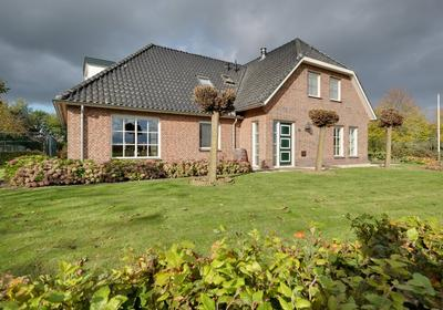 Rijnstrangenweg 4 in Groessen 6923 SL