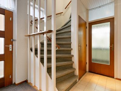 Goudsbloemstraat 12 in Rosmalen 5241 AE