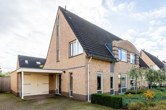 De Kievit 12 in Groenlo 7141 NH