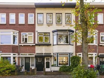 Meester Cornelisstraat 14 Rood in Haarlem 2023 DG