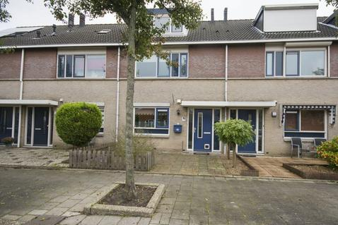Van Hulststraat 18 in Barendrecht 2992 KL