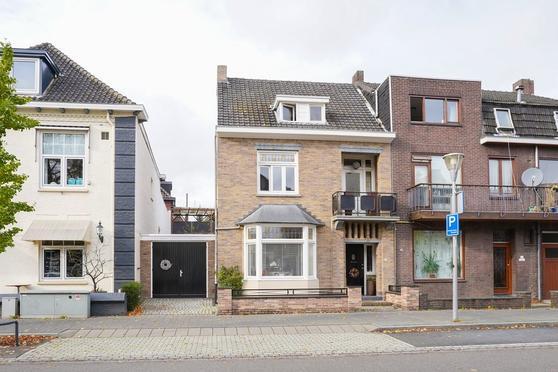 Graaf Huynlaan 16 in Geleen 6161 EZ