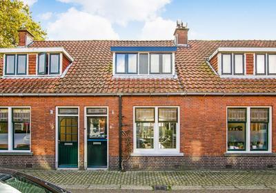Dr. Ammanstraat 7 in Warmond 2361 TG