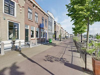 Marktplein 4 in Oud-Beijerland 3261 BZ