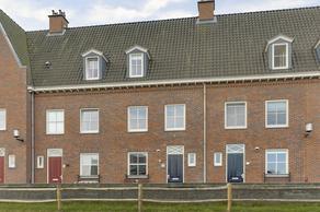 Frederik Hendrik Wal 61 in Geertruidenberg 4931 NK