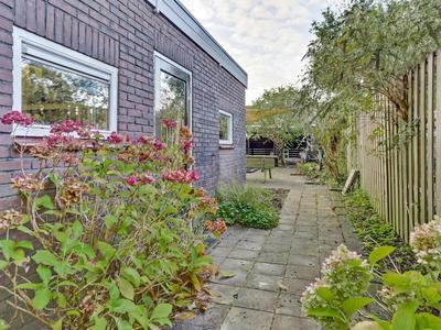 Adolph Van Nassaustraat 32 in Zwijndrecht 3331 BA