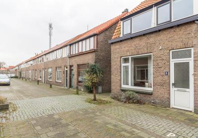 Mr. De Fremerystraat 21 in 'S-Gravenzande 2691 ZG