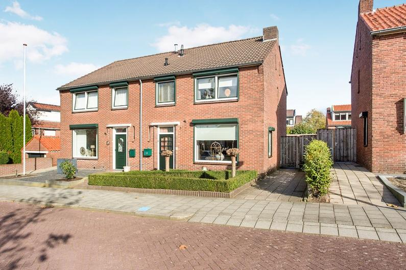 Prins Frederik Hendrikstraat 3 in Rijssen 7462 GC