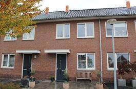 Scharenburg 25 in Zoelen 4011 EJ