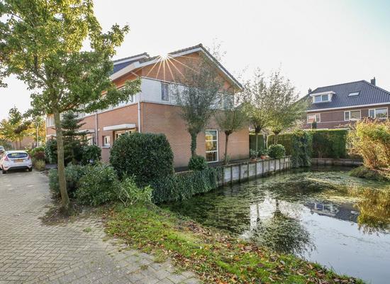 Zonnedauw 1 in Schoonhoven 2871 NT