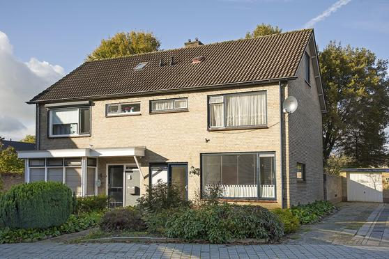 Spreeuwenstraat 7 in Goor 7471 HA