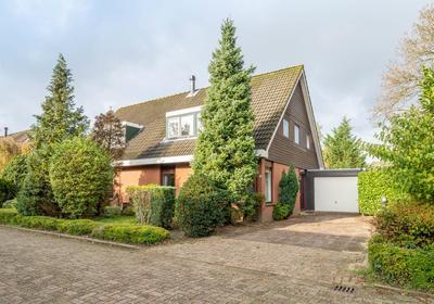 Muidergouw 25 in Almere 1351 PB