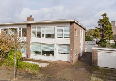 Baljuwslaan 1 in Beverwijk 1943 BH