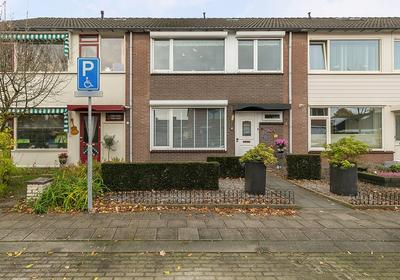 Gerrit Sprokkereefstraat 4 in Ruurlo 7261 GM