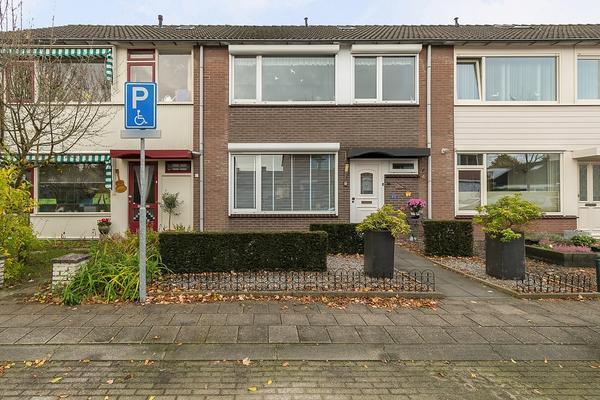 Gerrit Sprokkereefstraat 4 in Ruurlo 7261 GM