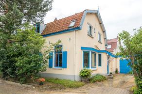 Alexanderstraat 2 in Baarn 3743 KP