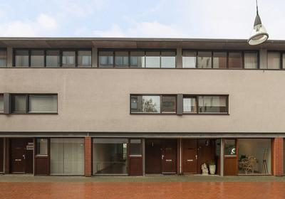 Sint Pietershof 69 in Heerlen 6411 KG