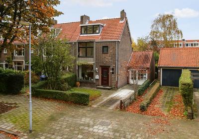Burgemeester Le Fevre De Montignylaan 155 in Rotterdam 3055 NB