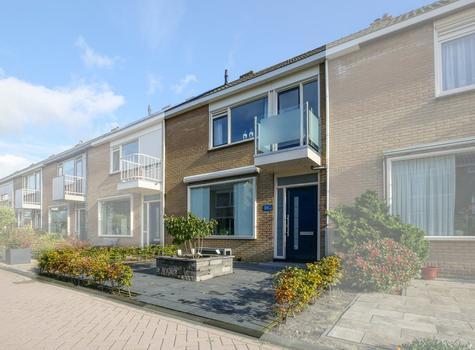 Lorentzhof 29 in Schoonhoven 2871 JR