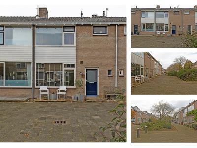 Bremstraat 83 in Alphen Aan Den Rijn 2403 EL