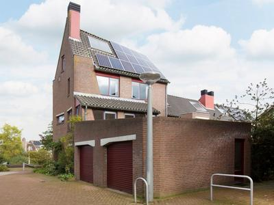 Waterkade 16 in Alphen Aan Den Rijn 2408 NN