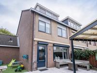 Saint-Saensgracht 71 in Almere 1323 CZ
