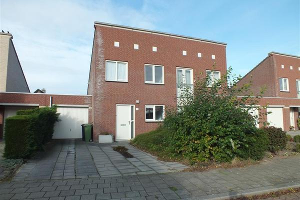 Honingklaver 22 in Venlo 5913 DH
