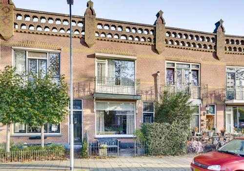 Rotterdamseweg 107 in Zwijndrecht 3332 AD