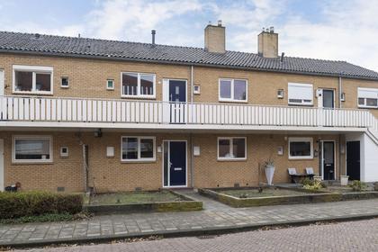 Paulus Potterstraat 9 in Enschede 7545 DT