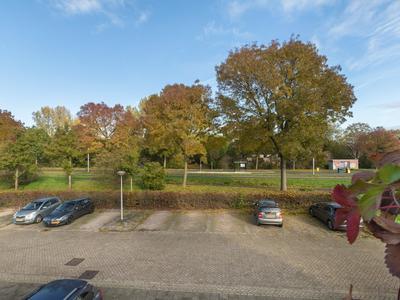 Walenburg 148 in Alphen Aan Den Rijn 2402 KC