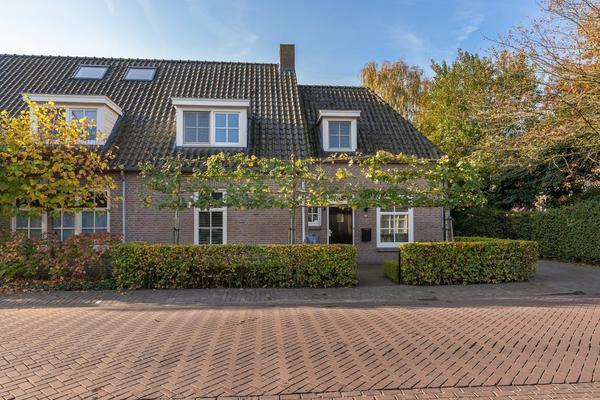 Grinsel 64 in Sint-Michielsgestel 5271 TL
